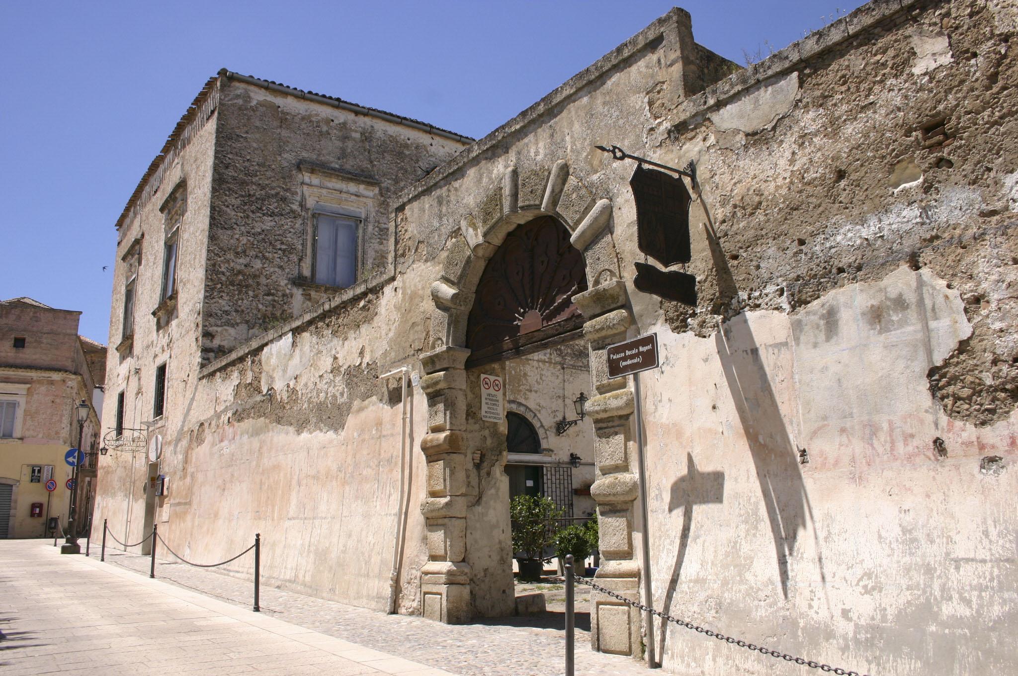 Palazzo Nugent - Facciata