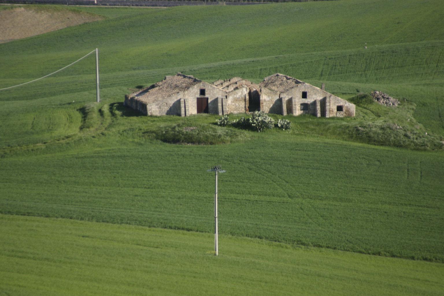 Paesaggio - Panorama con casa rurale
